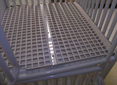 Dog Cage Grate